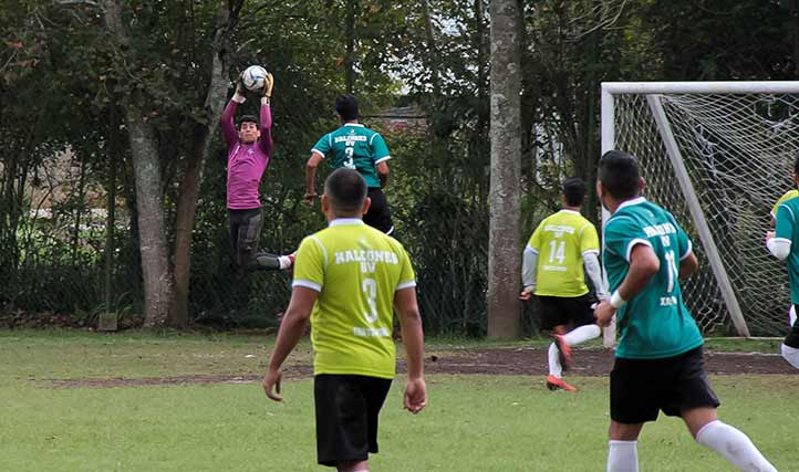 En futbol asociación varonil, Xalapa se impuso a Coatzacoalcos-Minatitlán para llevarse el primer lugar