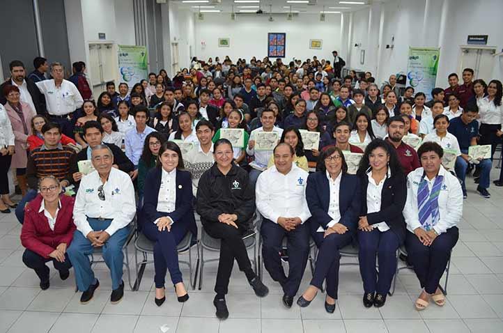 """Más de 80 estudiantes participaron en el 9º Foro Regional """"Unidos por la lectura"""""""