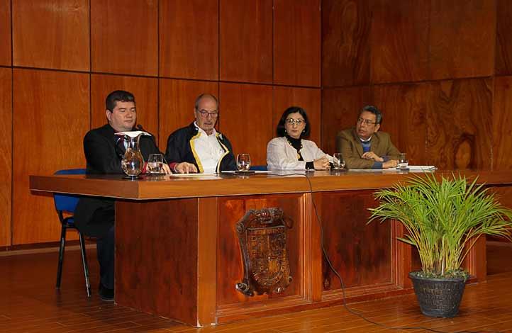 Alejandro de la Fuente, José del Val, Bertha Alicia Ramírez y Fernando Santiago