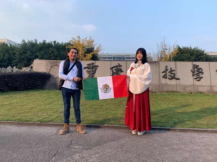 Le interesa ser traductor del chino al español y viceversa