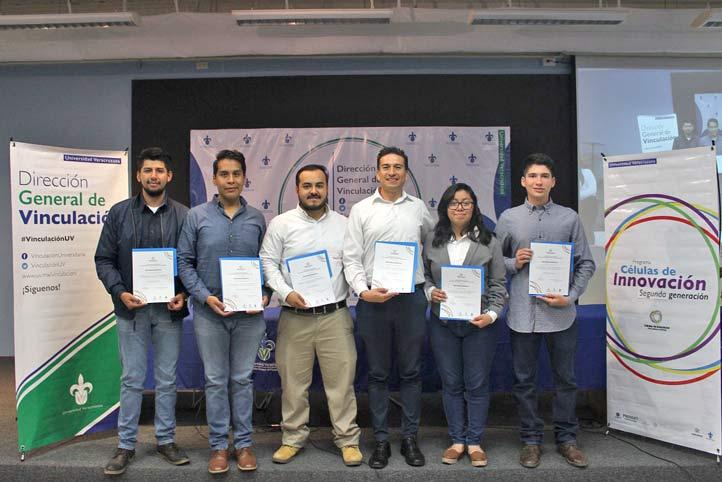 """Estudiantes de la segunda generación de """"Células de innovación"""""""