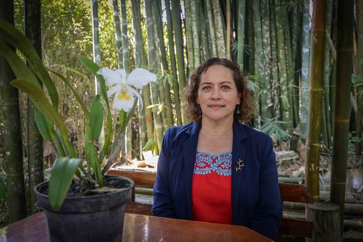 Rebeca Menchaca, responsable del Orquidario UV e investigadora adscrita al Citro (foto de archivo)