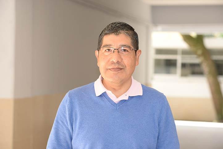 El investigador Juan Santiago García, del Instituto de Investigaciones Biológicas