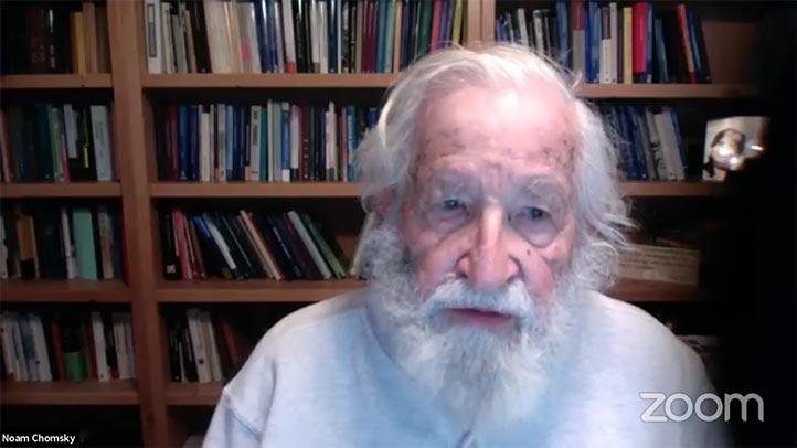"""Noam Chomsky dictó la ponencia """"Capitalismo y resistencias en tiempos de pandemia"""""""