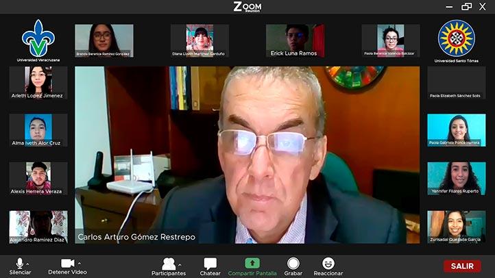 Carlos Arturo Gómez Restrepo, facilitador del curso y director de la Universidad Santo Tomás de Colombia