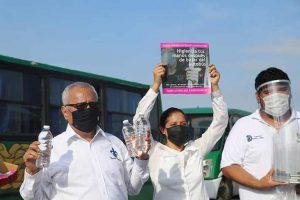 La FCQ participó en la entrega de insumos al transporte público colectivo de Coatzacoalcos