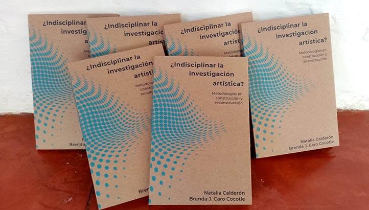 El libro compila 10 ensayos de 15 autores