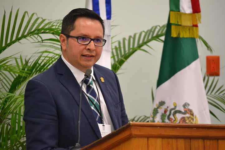 José Eduardo Martínez Canales, vicerrector de la región Orizaba-Córdoba de la Universidad Veracruzana