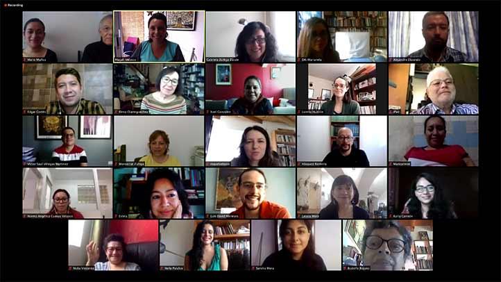 los docentes de la Facultad de Letras Españolas y del Instituto de Investigaciones Lingüístico-Literarias se preparan para transmitir conocimientos vía virtual