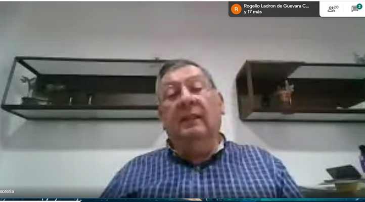 """José Luis Ramírez, empresario veracruzano, durante su participación en el Webinario """"Hacia una nueva normalidad"""" del IIESCA"""