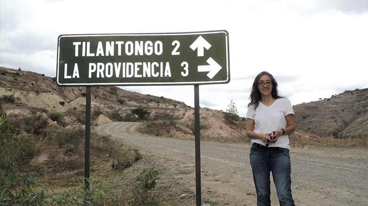 Raquel Aparicio recibió Mención Honorífica por su tesis de doctorado