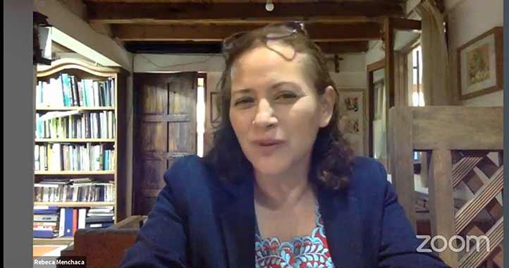 Rebeca Menchaca participó en el primer seminario internacional