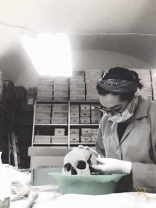 Donají López Gijón tuvo el interés de conocer los rangos sociales a través de las huellas de los huesos