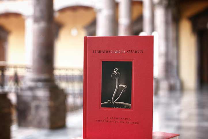 El libro rescata a un clásico de la fotografía mexicana (Foto: Coordinación General de Desarrollo Social del estado de Jalisco)