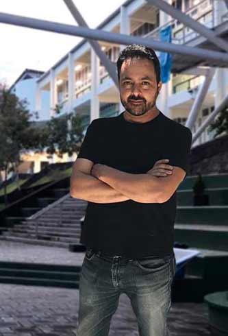 José Luis Valades Varela, académico de la FCAS