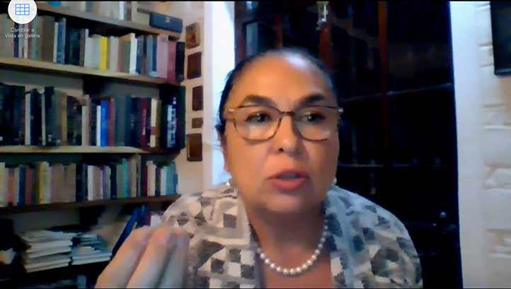 La rectora Sara Ladrón de Guevara señaló que la UV es una institución madura que puede lograr su acreditación