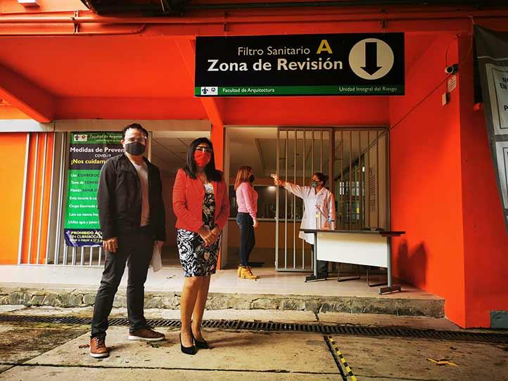 Luis Manuel Fernández y Noemi Uehara