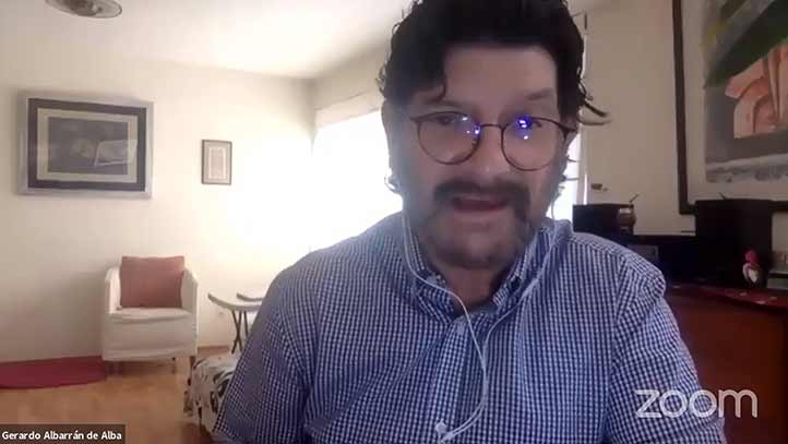 Gerardo Albarrán, periodista, recordó que el poder en México ha controlado al gremio desde la época de Porfirio Díaz
