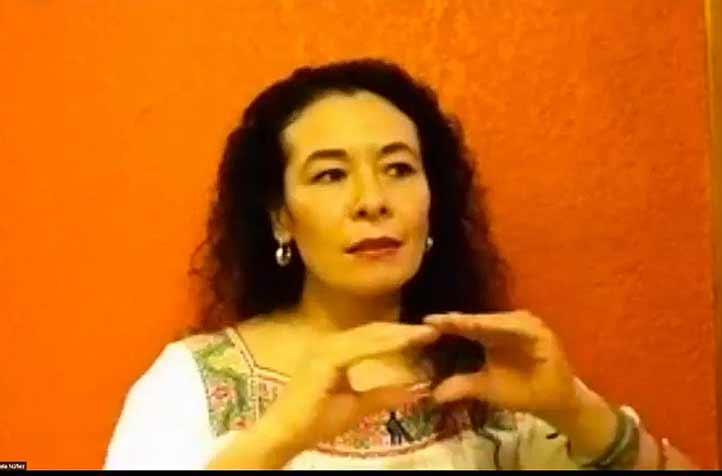 """Gabriela Núñez durante su charla """"Mi vida en el teatro"""""""