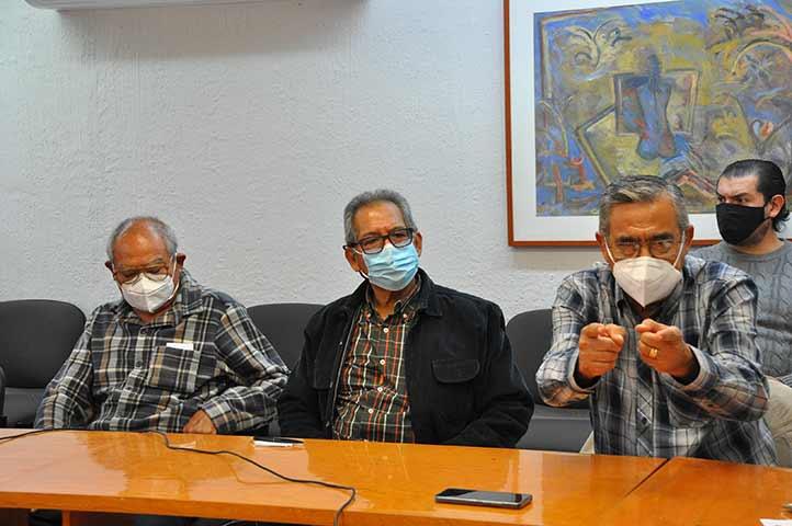 A la reunión asistieron representantes de tres organizaciones de jubilados de la Universidad
