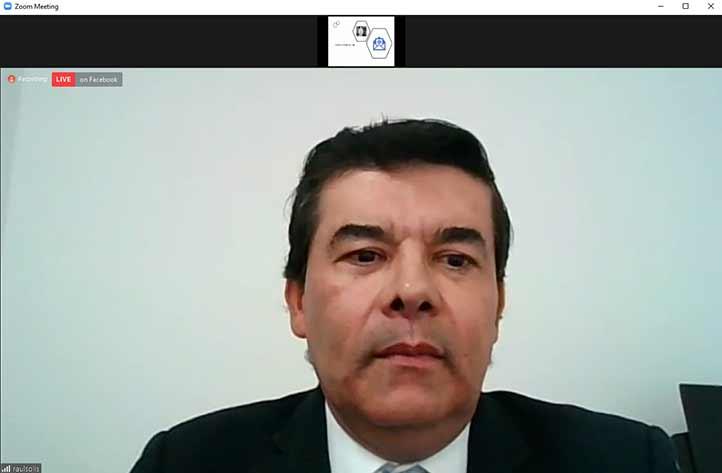 El especialista en ciencias biomédicas, Raúl Antonio Solís Martínez, ofreció una charla sobre la obesidad y sus comorbilidades