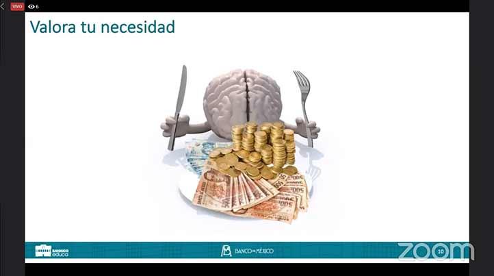 La especialista de Banxico dijo que el financiamiento compromete parte de los ingresos y consumos futuros