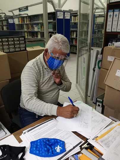 La atención y protección de los trabajadores de la UV se ha realizado en conjunto con sindicatos y asociaciones de personal
