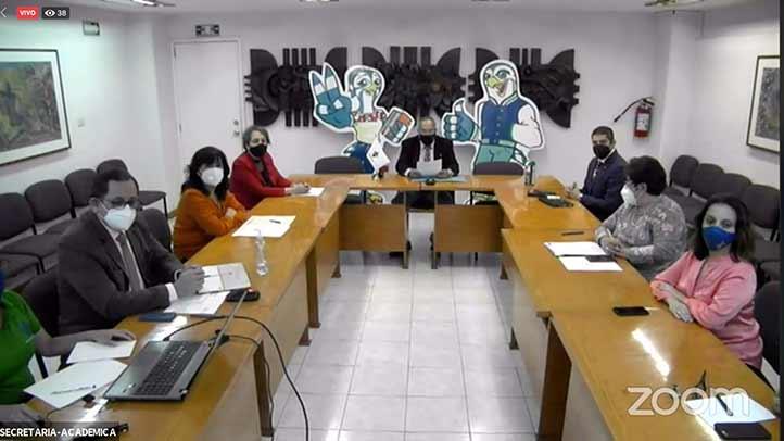 El Director General del Área, los directores, las directoras y la Secretaria Académica de las facultades de la región Xalapa conversaron sobre la oferta académica