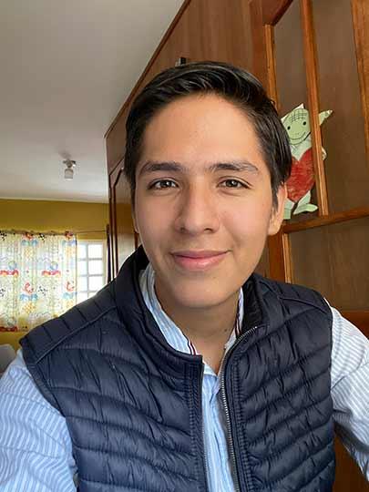 Irving Ventura quiere ser médico pediatra, inspirado por el doctor que lo atendió de niño