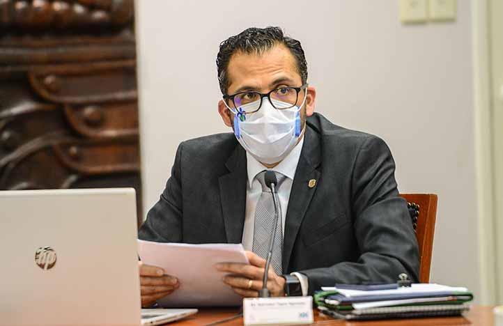 Salvador Tapia Spinoso, titular de la SAF, presentó los resultados del Programa de Austeridad y Disciplina Financiera
