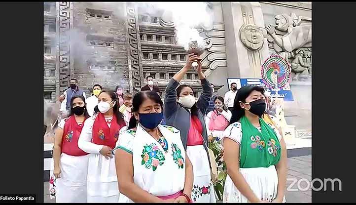Previo al inicio del evento, médicos tradicionales realizaron una ceremonia