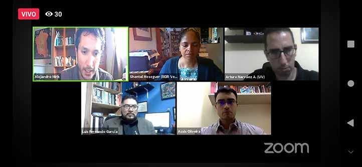 Alejandro Mira y Shantal Meseguer, moderadores, Arturo Narváez, Luis Fernando García y Assis da Costa