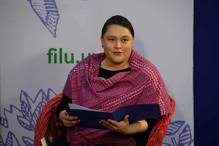 Lourdes Budar comentó que la obra acerca al lector al arte, la iconografía y a las culturas precolombinas