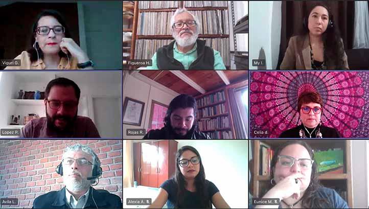Académicos y egresados del CECC se dieron cita en el primer seminario para hablar de sus trayectorias