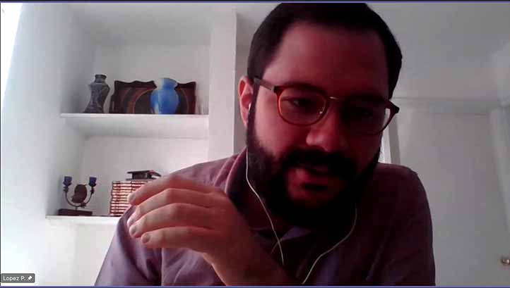 Jairo Antonio López, académico y coordinador del evento, enfatizó la importancia de intercambiar experiencias de profesores y estudiantes