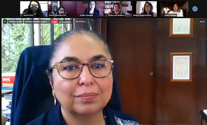 La rectora de la UV, Sara Ladrón de Guevara, señaló que en la institución se han conquistado espacios para la mujer
