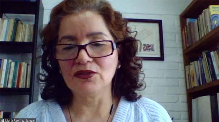 María Ramírez Salazar, académica de la Facultad de Economía, integrante del comité organizador