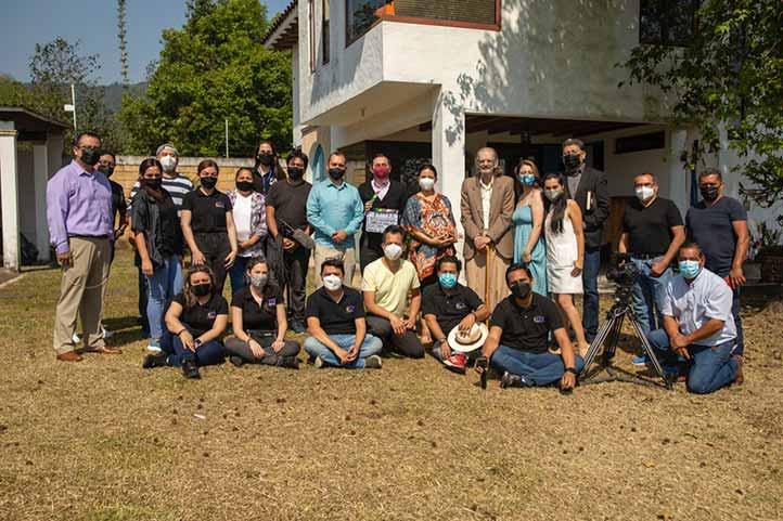Elenco y realizadores del cortometraje El collar, escrito y dirigido por Tonatiuh García Jiménez y producido por RTV