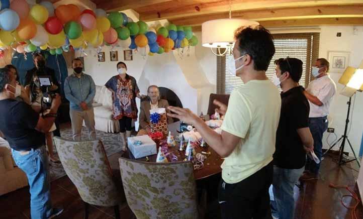 Tonatiuh García expresó que el cortometraje aborda la historia de un abuelo en espera de la publicación de su libro