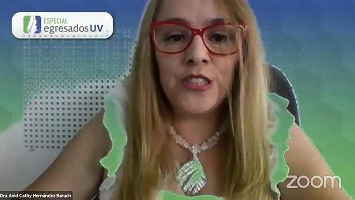 Anid Cathy Hernández, docente del SEA y moderadora del evento