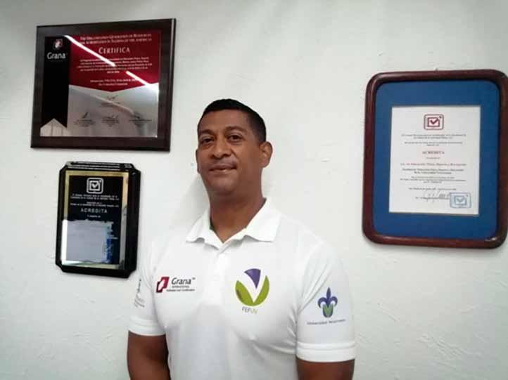 Julio Alejandro Gómez Figueroa, director de la Facultad de Educación Física y miembro del CA