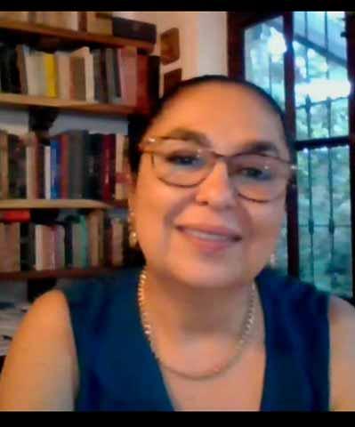 Sara Ladrón de Guevara destacó la importancia de la internacionalización y el seguimiento de egresados en la UV