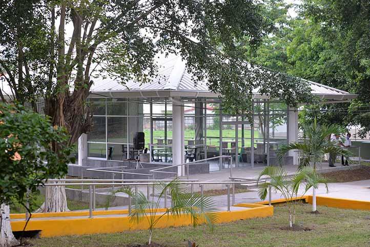 Nueva cafetería de la Unidad de Ingeniería y Ciencias Químicas