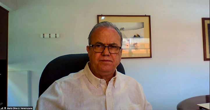 Mario Oliva, titular de la DGRI, recalcó que más de mil 500 alumnos de la UV han participado dentro de la metodología COIL