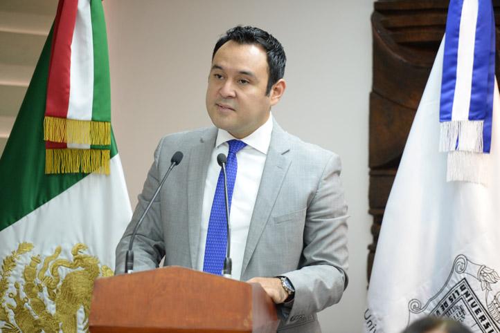 José Luis Lima dijo que con este convenio el gobierno del estado reconoce la calidad de la Universidad, de sus docentes y estudiantes