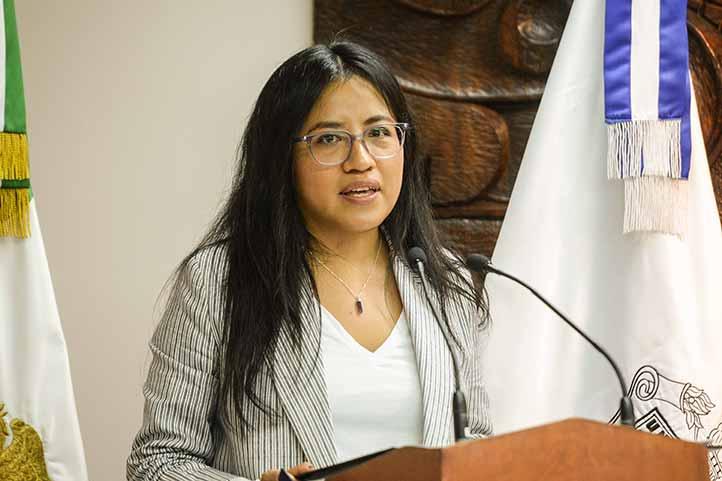 Julieta Pineda Alillo, egresada de El Colegio de Michoacán, agradeció a la UV y al CIESAS por el reconocimiento a jóvenes investigadores