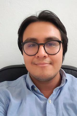 Pablo Enrique Vilaboa Arias destacó las herramientas sobre investigación aprendidas en la UV