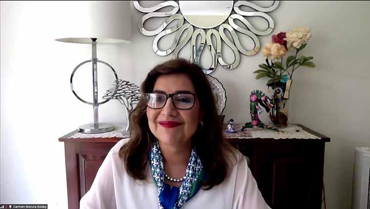 Carmen Mezura Godoy, académica de la FEI, fue una de las galardonadas por Conaic