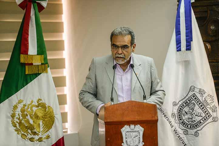 El Rector destacó la trayectoria y profesionalismo de los nuevos funcionarios
