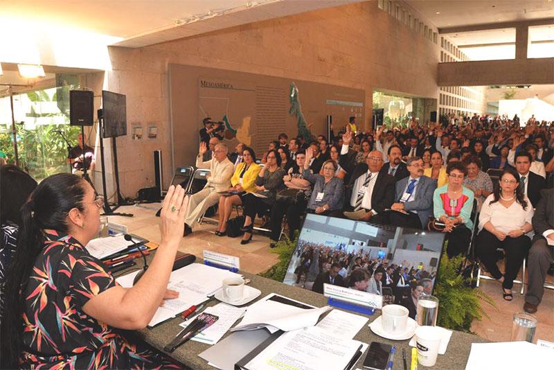 CUG aprobó punto de Acuerdo Rectoral para mejorar la atención a los alumnos y académicos desde las Coordinaciones Académicas Regionales